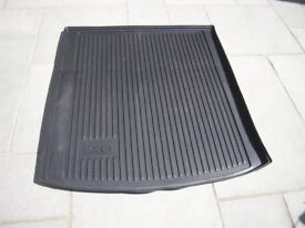 Audi A6 Saloon Rubber Boot Protector