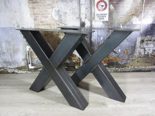 tafelpoten staal voor een ronde tafel
