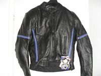 UNISEX BLACK LEATHER BIKER JACKET - NEW TAGS ATTACHED - PADDED SHOULDERS, ELBOW & BACK - SIZE S