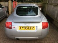 Coupe ! Excellent condition.Leather heated seats,air conditioned,long mot with no advisories,etc.