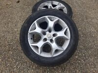 Vauxhal astra alloys plus tyres x 4 all parts available