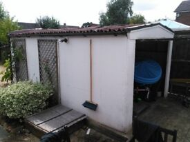 Prefabricated Concrete Single Garage - free to collect