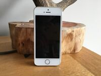 IPHONE 5S 16GB GOLD GREAT CONDITION ONLY A FEW MONTHS OLD