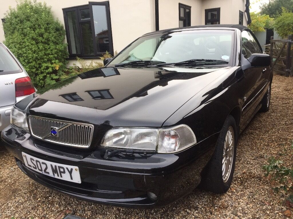 Volvo C70 Convertible, Black, 2.4L Manual Petrol, Full Leather Interior.