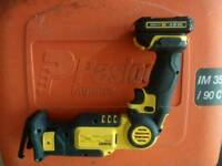 DeWalt 10.8v reciprocating saw no battery or charger