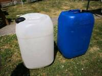 25 litre water container. Used for fish tank water