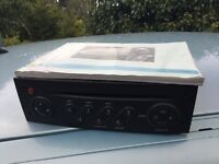 2008 Renault Clio mk3 radio CD player - can post