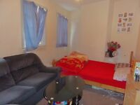 Beautiful Two Bedroom Flat Above Florist Shop In The Heart Of Heston!