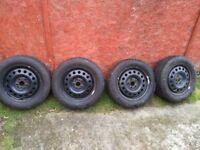 4 X Dunlop winter tyre 205/60/16 SP WINTER SPORT 3D with steel rims