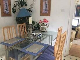 Furnished Room / Excellent Location Newport JNc 24