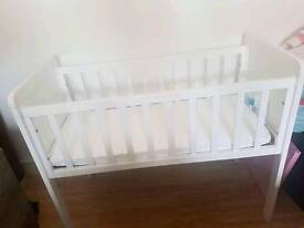 Mothercare crib with airflow mattress