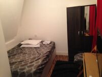 Double room for Rent in edgware station