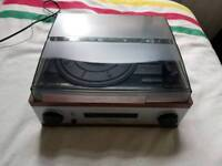 Record player with AM / FM radio