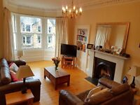 2 bed flat to rent in Marchmont