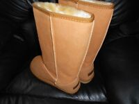 LADIES LONG WINTER BOOTS SIZE 8