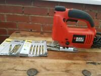 Black and decker,KS638SE,400w,jigsaw with new blades