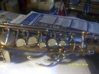 SOPRANO SAXOPHONE , GOLD LACQUERED STRAIGHT MODEL .with MOUTHPIECE & EXCELLENT CASE +++++