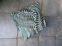 """6 x cushions and one cover, almost new. Stored for a year. Teal and Grey . 17"""" x 17"""""""