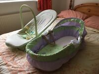 Moses basket and bouncy seat