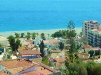 Quaint 2 Bedroom 2.5 Bathroom Villa 3 minutes to beaches in Almunecar on the Costa Tropical