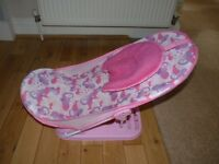 MOTHER CARE BABY BATH SEAT. ADJUSTABLE. ONLY £3