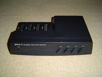 4 WAY A/V SWITCHING BOX, GREAT FOR RETRO GAMES