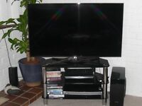 MODERN TV UNIT IN GLASS AND CHOME