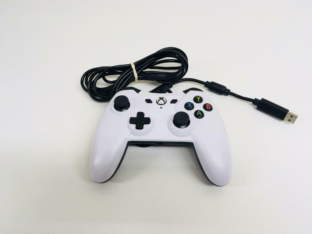 USB WIRED CONTROLLER FOR MICROSOFT XBOX ONE WHITE | in Loughor ...