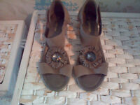 Ladies Taup Suede Sandals. Jeweled Front. Size 5(38) Excellent Condition.