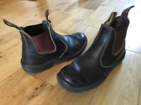 Blunstone Boots size 40, brown, good condition