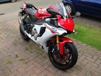 Yamaha YZF R1 2016 ** ALL KEYS & BOOKS, ONLY 6000 MILES, GREAT CONDITION