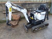 bobcat digger excavator mini digger E08 2017 digger 3 buckets expandable tracks very little use