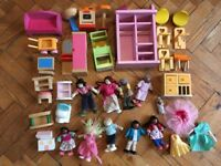 10 miniature dolls and wooden dolls furniture mixture with some pintoy and le Toy van