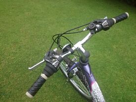 Girls bicycle shimano gears full suspension
