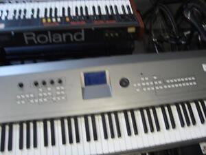 Clavier électronique Yamaha MM8