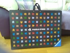 Jigsaw puzzle store