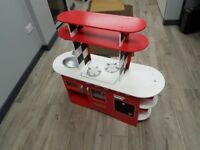 ELC WOODEN DINER KITCHEN RED KIDS CHILDRENS TOY DELUXE PLAYSET OVEN HOB AND SINK