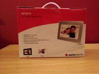 Brand New Digital Photoframe