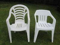 2 White Plastic Garden Chairs