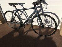 Mens Carrera Gryphon Hybrid Bike - 18 spd - Discs - 20in - (Like New)