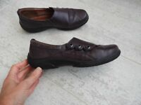 Hotter Shout burgundy / plumb / purple size 5.5 ExW flat comfort office work leather