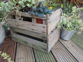 HALF SIZE VINTAGE ANTIQUE RUSTIC RE-CYCLED APPLE CRATE-BOX TRAY BUSHEL STACK & STORE