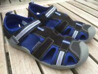 AS NEW, Used twice, Vegan, Pediped Flex Sahara sandals, Black/King blue, EU size 32 (31), RRP £43