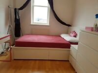 Double bed matress RRP £540 in excellent conditions