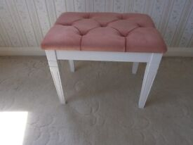 White dressing table stool with pink studded top vgc £5