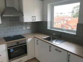 2 bed second floor flat to let in Chigwell close to Hainault station on the Central line