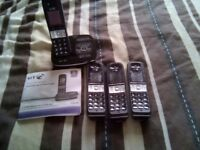 4 Digital cordless phones with answering machine