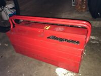 Snap on cantilever tool box