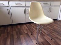 4x EAMES DSR EIFFEL CHAIRS MID CENTURY MIDERN CLASSIC FURNITURE kitchen bar living dining room