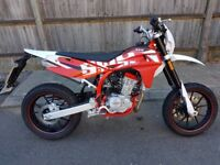 SWM 125 2 Months Old 1 Owner Very Good Condition Full service history MOT due on 01/06/2020 2 keys